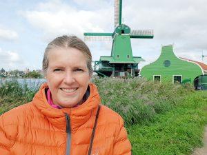 Fornøyd reiseblogger på bobiltur til Holland