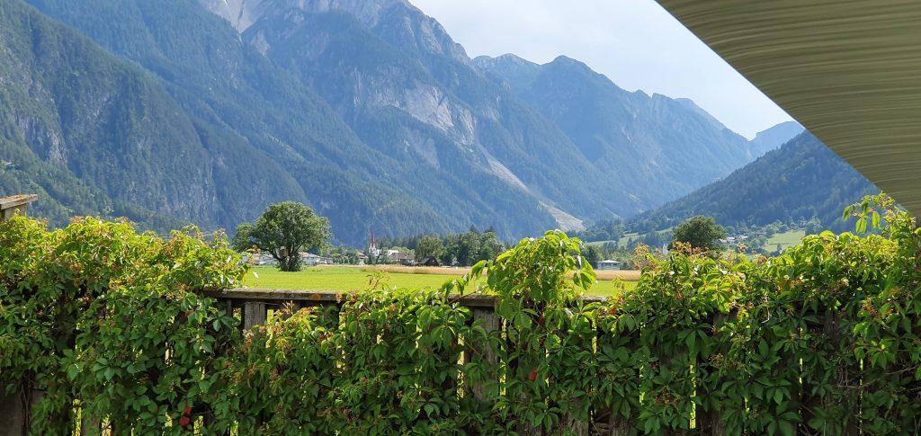 Camping i Lienz med utsikt fra bobilen.